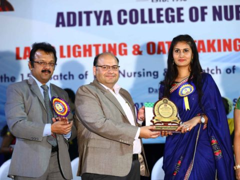 Students eceiving awards from chief guests